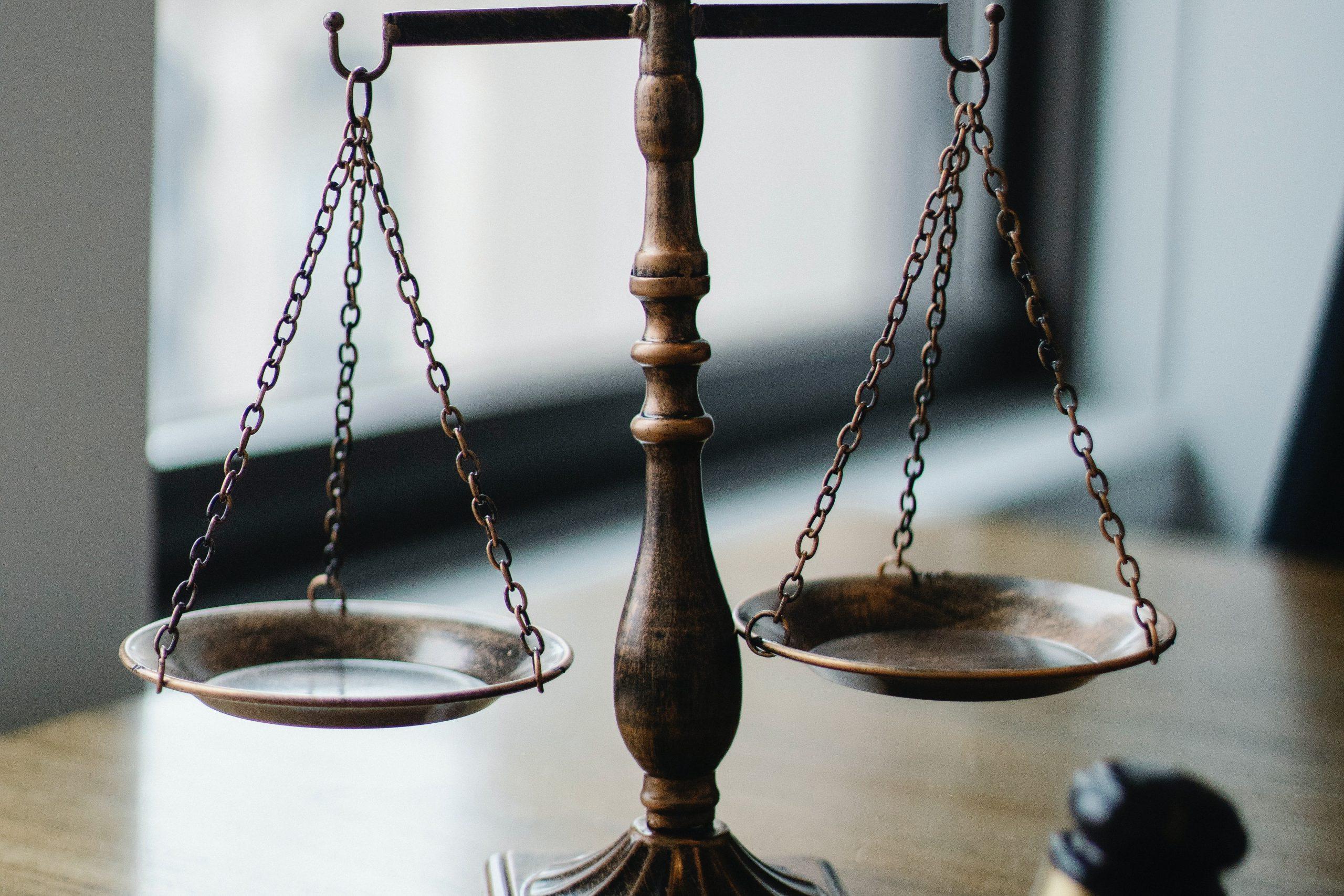 Rechtsanwalt / Versicherung